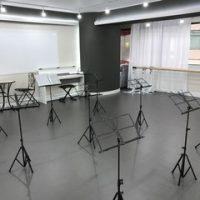 銀座 貸しスタジオ 譜面台 備品