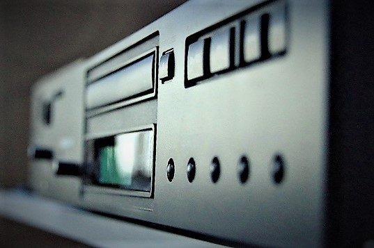 銀座のレンタルスタジオで無料で使える備品 スピードコントロール付デッキ